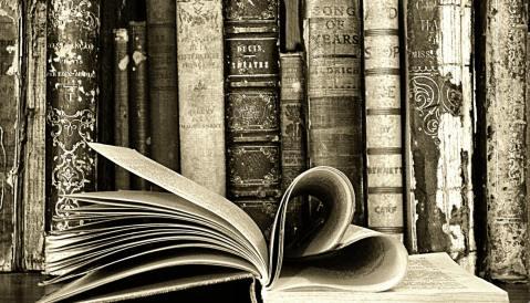 books-and-heart-jpeg-001